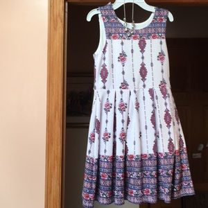 Knit works patterned floral dress with necklace